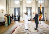 Ambassador Eng. Karunasena Hettiarachchi Presents Credentials to the  Federal President of Germany