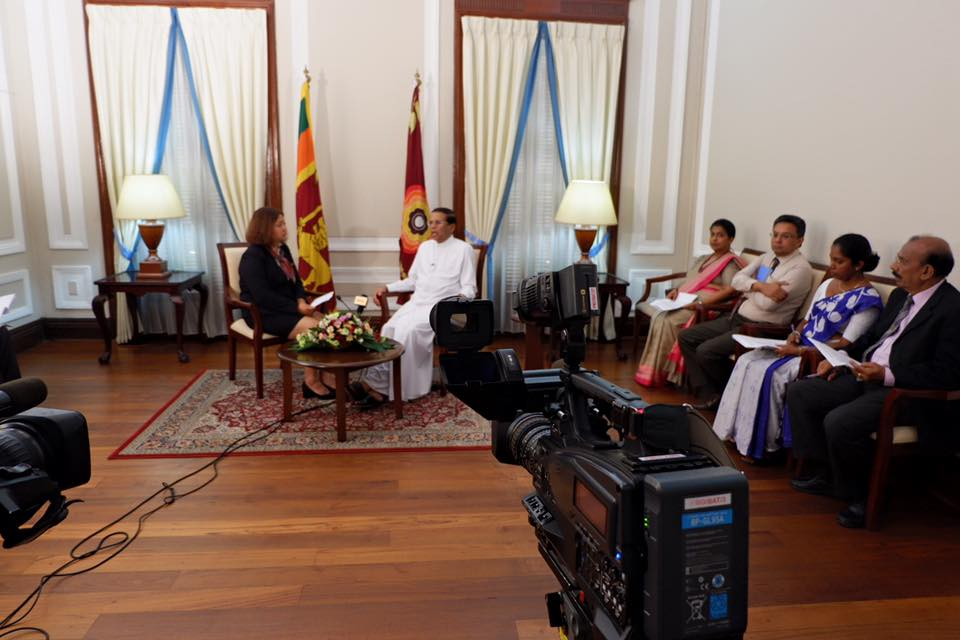 vn4_-_Interviewing_H.E._the_President